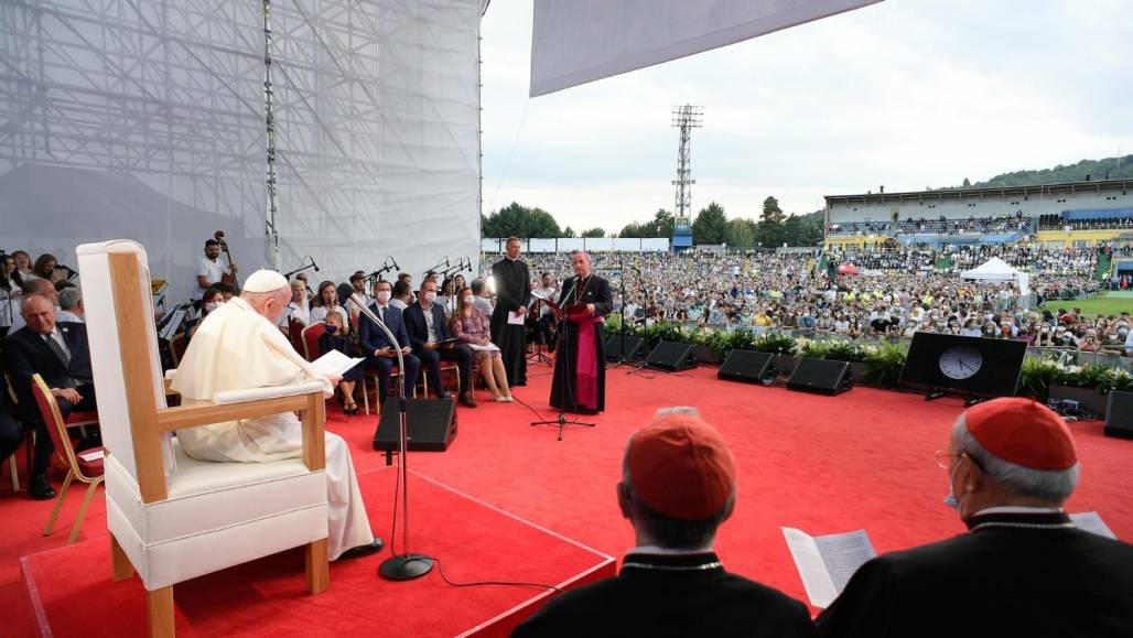 papa_jovens_eslováquia (Divulgação)